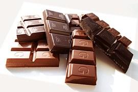 Nettoyer le cuir taché de chocolat